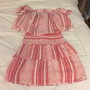 Elan red and white print 2 piece set size S NWTS